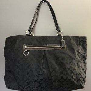 Coach Signature Print Travel Bag